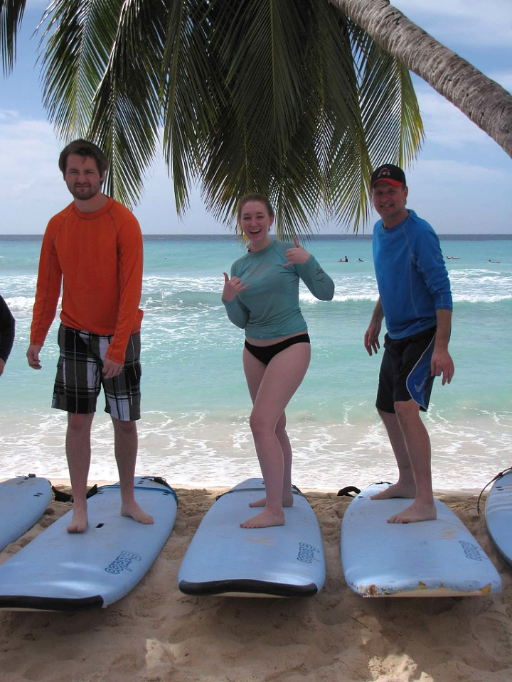 family-surfing